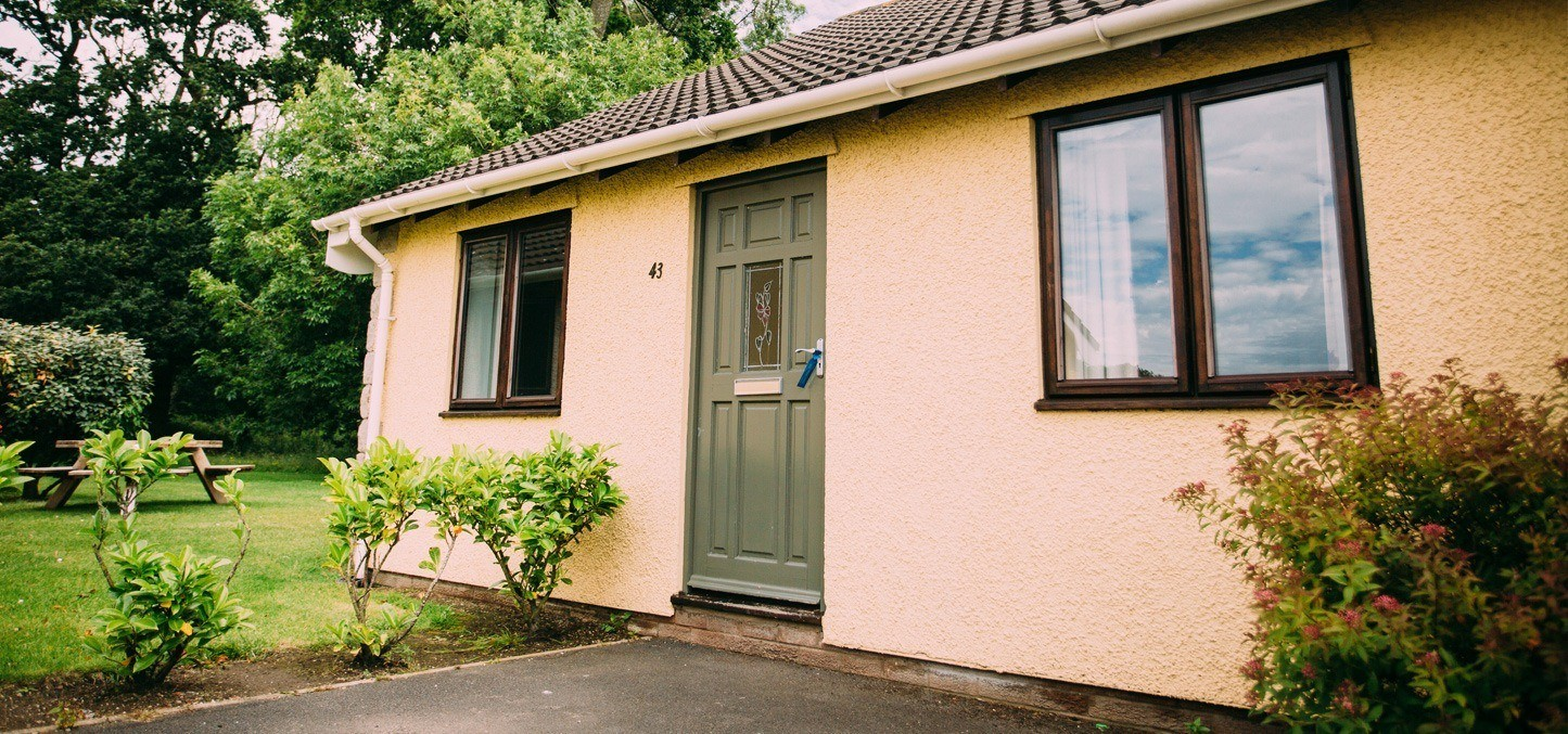 Sensational Rose Cottage 4 Bed Accommodation Ribby Hall Ribby Hall Home Interior And Landscaping Palasignezvosmurscom
